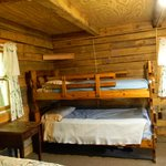 Log Cabin - Bunk Beds