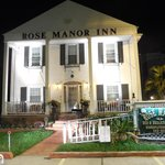Rose Manor Bed and Breakfast resmi