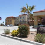 SpringHill Suites by Marriott Hesperia, CA resmi