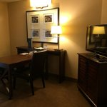 Embassy Suites Indianapolis North resmi