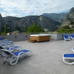 the rooftip terrace with Jaccuzi
