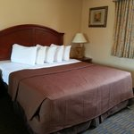 Photo de Days Inn La Mesa Suites - San Diego