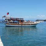 Ozzlife Boat - Daily Boat Trips