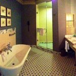 Huge Bathroom and great old fashion tube
