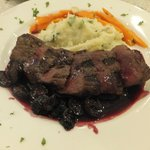 Venison with fresh cranberry sauce