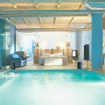 Luna Blu Suite with Private Indoor Pool