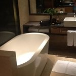 nice relaxing in free standing bath tub