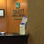 Quality Hotel & Suites Airport East Foto