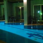 Pool Share Rooms