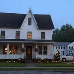 Foto de The Eagle Cliff Inn Bed & Breakfast
