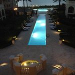 Foto The Somerset on Grace Bay