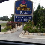 Foto BEST WESTERN PLUS Blanco Luxury Inn & Suites