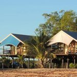 Crab Claw Island Resort resmi