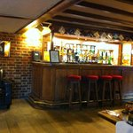 The Harrow Inn resmi