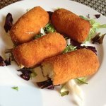 Croquettes from the menu of the day (Amazing creamy cheesy potato and chicken croquettes)