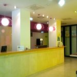 Photo de Hotel Ibis Styles Ramiro I
