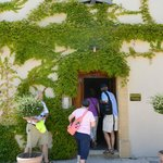 visiting the chateauneuf du pape region