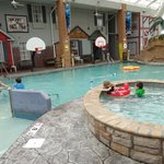 Comfort Inn Splash Harbor resmi