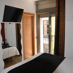 Photo de Madrid City Rooms