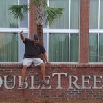 Foto de DoubleTree by Hilton Hotel and Suites Charleston Airport