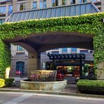 صورة فوتوغرافية لـ ‪Holiday Inn Hotel & Suites North Vancouver‬