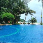 Centara Koh Chang Tropicana Resort resmi