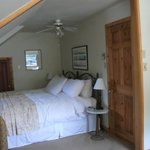 Φωτογραφία: Farmhouse Inn Bed and Breakfast