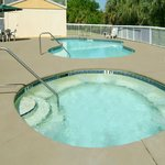 Whirlpool with Outdoor Pool