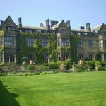 Gisborough Hall resmi