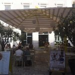 Goly&bosi front patio, great location right by the palace.