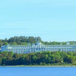 Mackinaw Beach and Bay - Inn & Suitesの写真