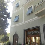 Photo of Hotel Pensione Moderna