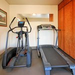 Excercise Room - Quality Inn