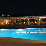 Photo de Petinos Beach Hotel