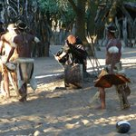 Dumazulu Game Lodge and Traditional Village resmi