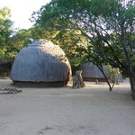 Foto van Dumazulu Game Lodge and Traditional Village