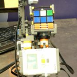 Rubik Cube Solver Machine