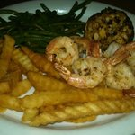 Crab cake and grilled shrimp. Awesome dinner!