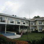 The Lake Hotel Tagaytay resmi