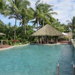 Outrigger on the Lagoon Fiji resmi