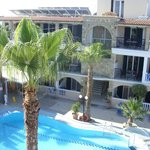 Zante Plaza Hotel & Apartments resmi