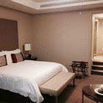 Four Seasons Hotel Riyadh at Kingdom Centre照片