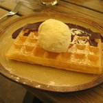 Chocolate waffle (with ice cream)