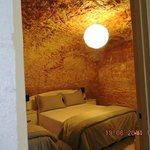Foto van The Lookout Cave Underground Motel