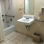 Photo de Holiday Inn Express Miami Airport Central-Miami Springs