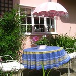 Foto de The Pink Cottage Boutique Bed and Breakfast