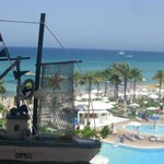 صورة فوتوغرافية لـ ‪Constantinos the Great Beach Hotel‬