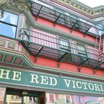 Φωτογραφία: Red Victorian Bed, Breakfast & Art