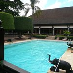 Photo de Safari Park Hotel