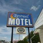 The motel sign - easy to find